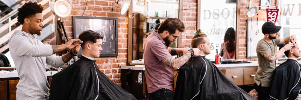 8 lucruri de care trebuie să ții cont atunci când vizitezi un salon de frizerie Tu le respecți pe deplin?