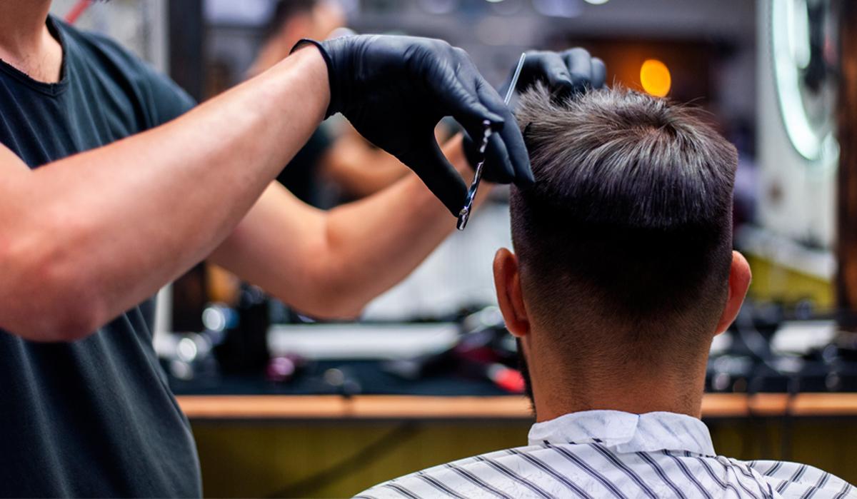 Cum poți readuce la viață părul deteriorat al clienților tăi?