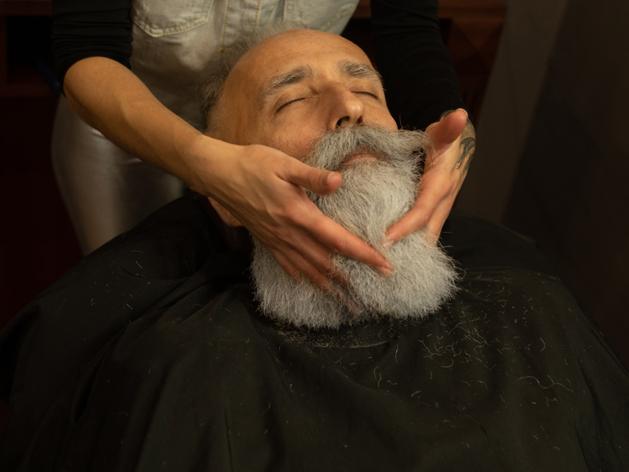 Cele mai frecvente greșeli pe care le fac bărbații cu barbă